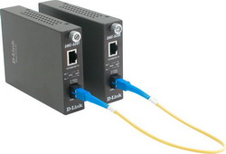 DMC-920R, Dual-wavelength Media Converter, 10/100BASE-TX to 100BASE-FX SM Fiber (20km, SC) DMC-920R/E