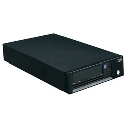 LTO-5 SAS Half-high Tape Drive for TS3100 (35732UL) or TS3200 (35734UL) (2xminiSAS (SFF-8088) ports, 6 Gb, req.cable 95P4996 and 39R6529) 46X2685