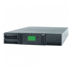 TS3100 Ultrium Driveless Tape Library (model L2U; 2U rack; up to 2 half-high or 1 full-high drive; 24 slots; barcode reader; no cables) 35732UL