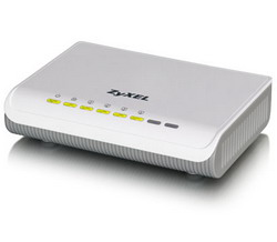 Powerline-адаптер HomePlug AV с 4-портовым коммутатором Ethernet PLA470 EE