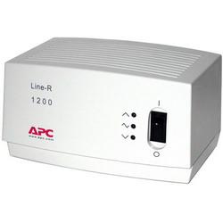 Line-R 1200VA Automatic Voltage Regulator (220, 230, 240 V) LE1200I